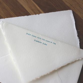 ウンベルト・サバの詩のある封筒