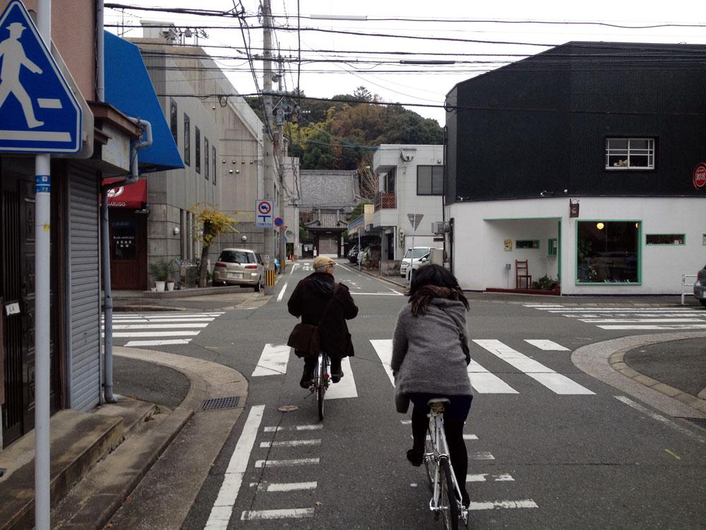 妻と三人で、自転車でビューんと。いろんな所に連れて行って下さいました。
